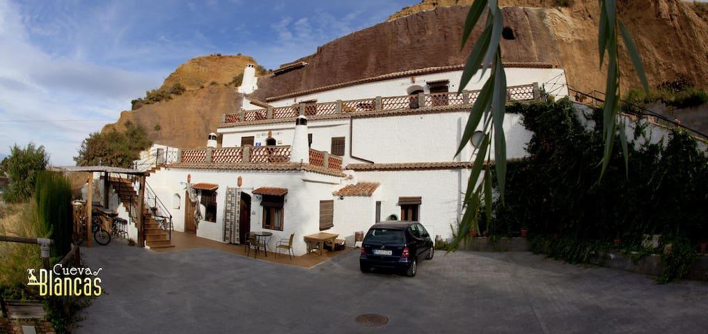 Cuevas Blancas(1 personas hasta 4 ) - Baños de Graena (Cortes y Graena) Guadix Granada - Grot