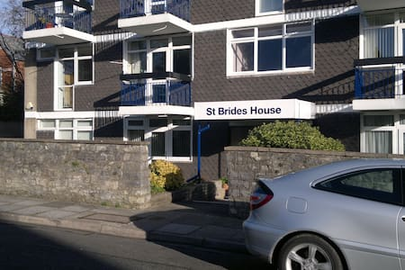 Spacious Two Double Bedroomed First Floor Apartment in purpose built low rise, quiet residential area, recently refurbished.  Street parking, close to seaside, all amenities and transports.