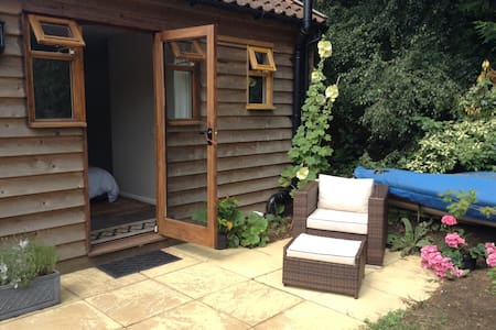 Private garden room for two - Hollesley - 其它
