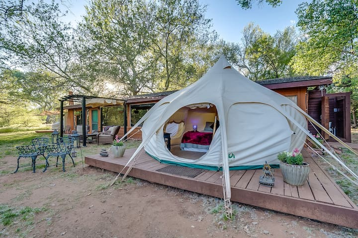 ✨ Cathedral Rock Belle ✨ Sedona Creek Glamping! ✨