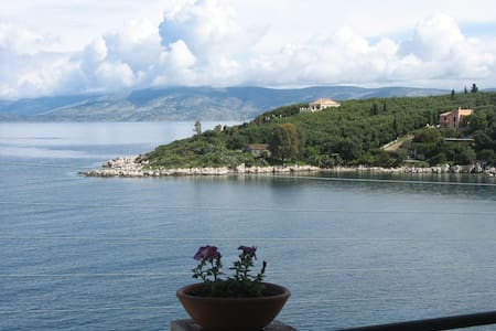 Corfu, Greece Apartment 4 -sea view - Kassiopi  Corfu   - Apartemen