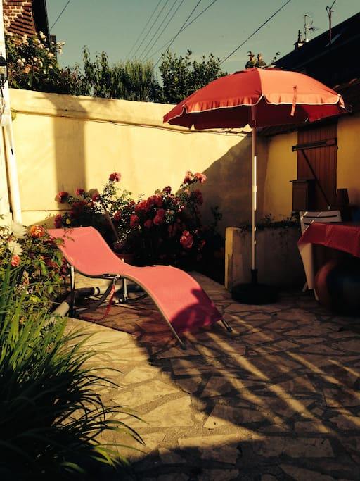 Chambre en maison individuelle houses for rent in rouen for Boulingrin jardin