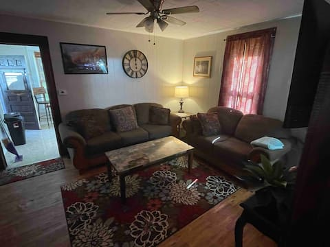 Cheerful 1-Bedroom Residential Home with Firepit