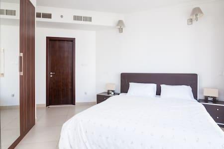 1 Bedroom Apt, Next Metro/Sub, Flat - Dubai - Apartemen