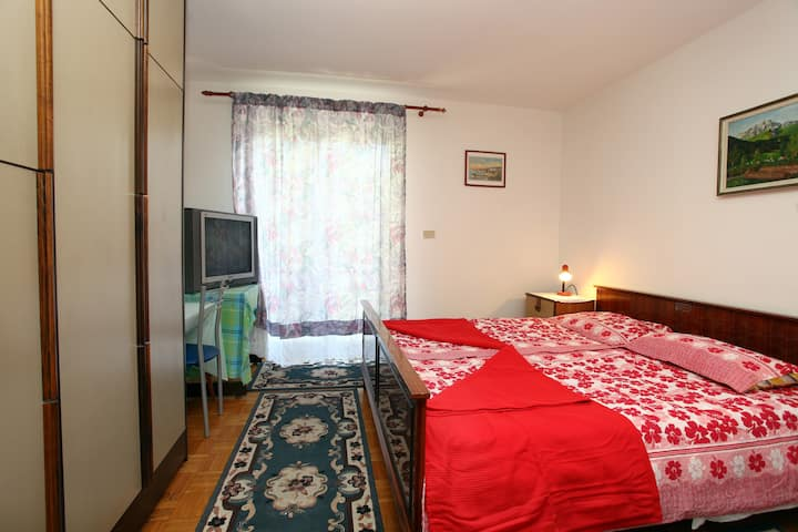 MM2 Triple room with balcony and air condition
