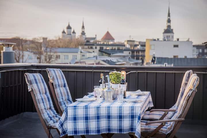 Unique Penthouse with 360C Rooftop Terrace & Sauna