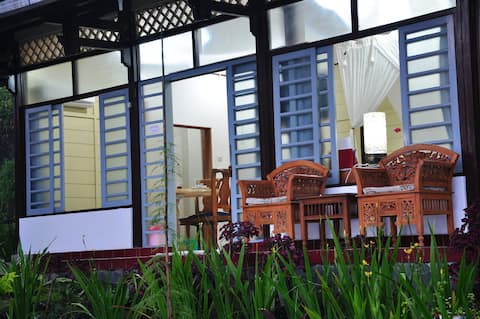 Villa with Japanesse style, Free Car and Driver