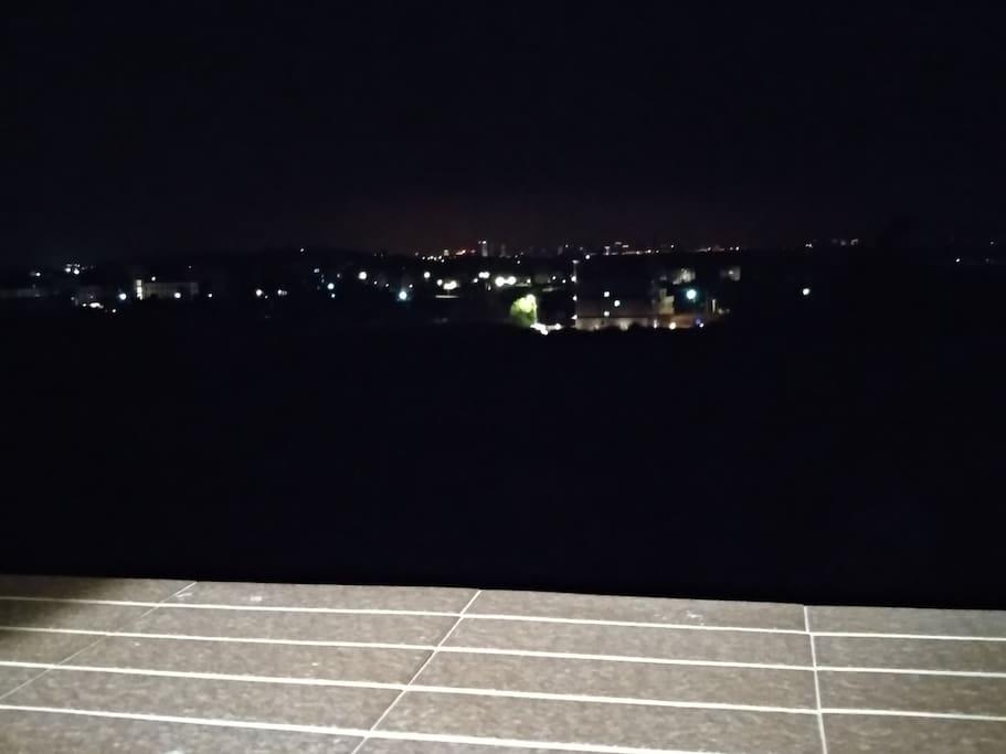 陽台外360度金廈完全海景房