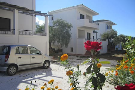 ScandiaVillas- holiday near the sea - Potos Thassos - Ev