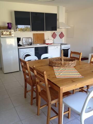 Maisons de vacances 16 personnes - Pezens - House