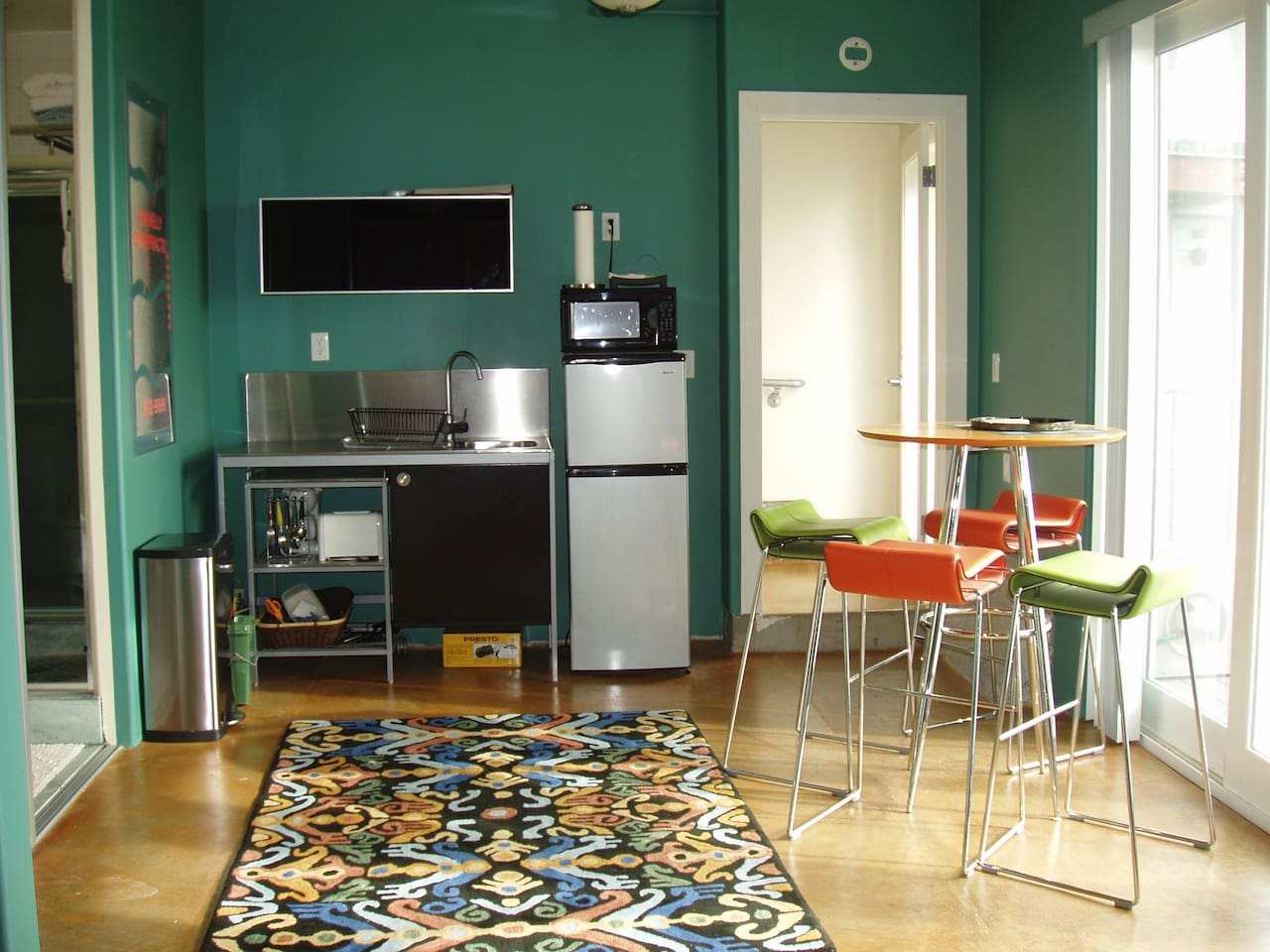 Efficiency Kitchen and Dining Area