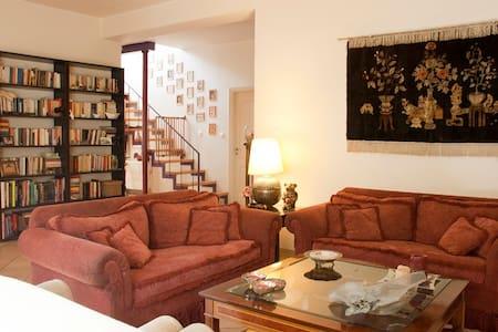 Athens Drosia villa for 5