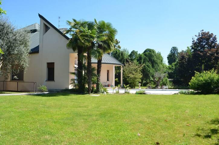 B&B Villa Olivares - Corbetta - Wikt i opierunek