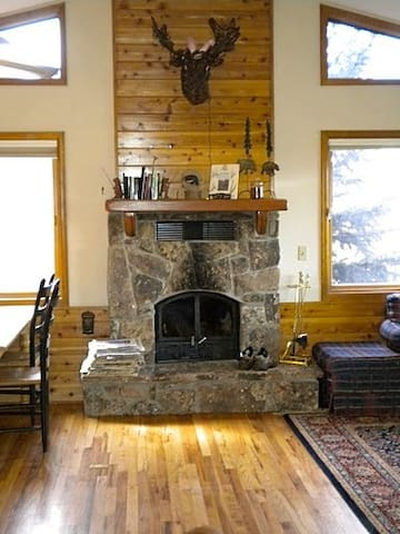 Steamboat Cabin w/ Excellent Views - Steamboat Springs - Haus