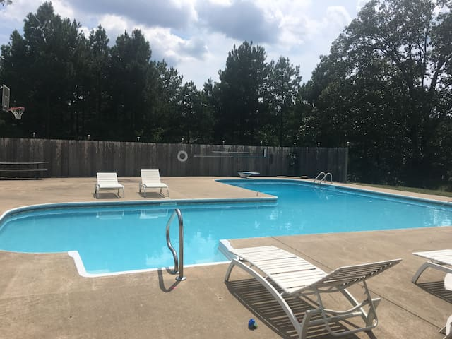 Private lower level retreat with full amenities