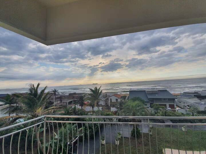 Room with sea view in Umhlanga Rocks