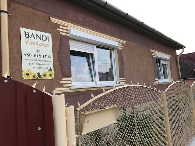Bandi 1 Apartment