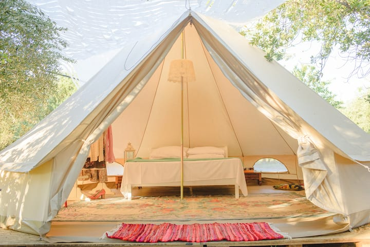 Glamping Poros, Beltent Dafni in olive grove (4p)