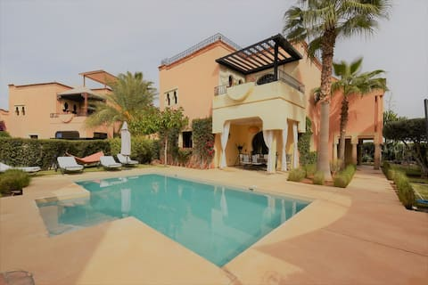 Villa PISCINE privative 10 minutes de Marrakech