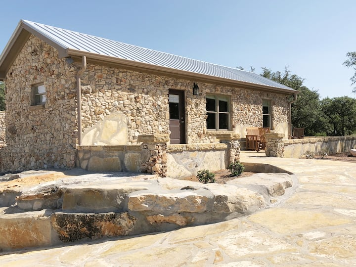Wildebeest Guesthouse on The 5 J Ranch