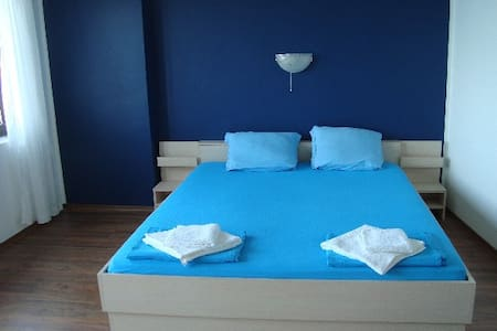 Double room with seaview - Deep Blue Guesthouse - Sozopol - Casa