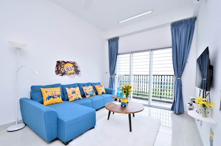 Minions Homestay<8~12pax>Wifi+Atari Game_Near KLIA