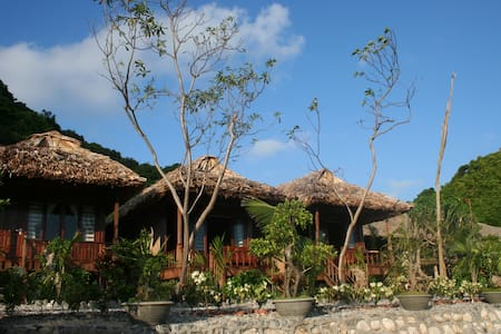 Spacious Deluxe Bungalow with Sea View in Cat ba!