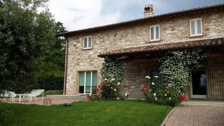 Le Marche, Italy - Exquisite & new vacation home