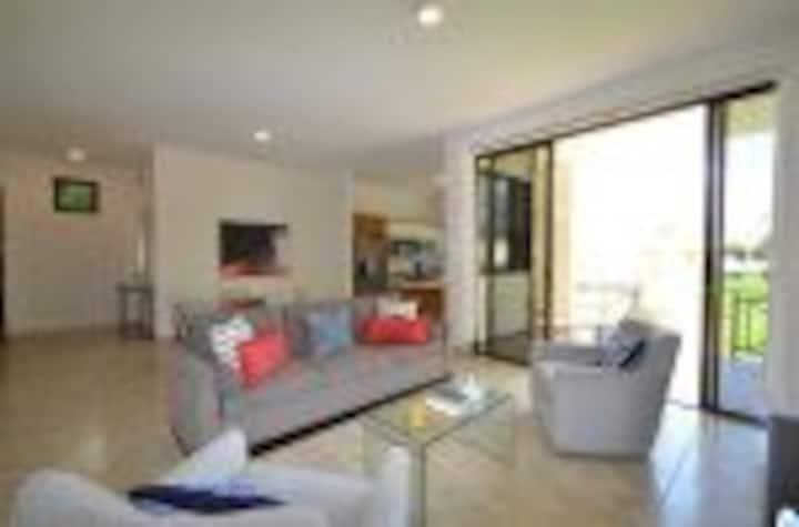 Luxury 3 Bedroom Garden at Solarea Beach Resort