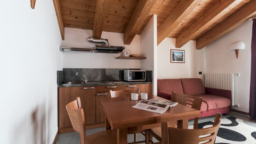 Pizzo Scalino Apartments - 501