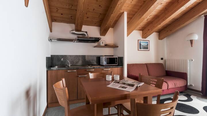 Pizzo Scalino Apartments - 501