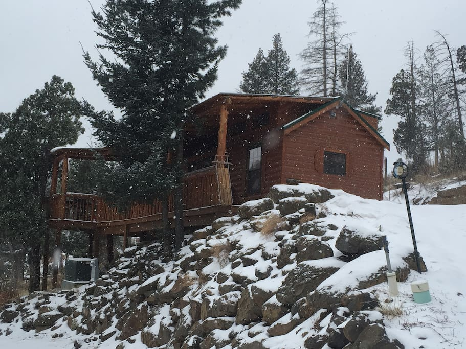 Jesse james cabin at bottlehouse cabins for rent in alto for Cabin rentals near ski apache