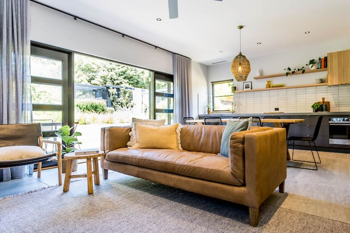 Ivie Apartment, Mt Martha - 'Relaxed Luxe'
