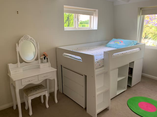 Bedroom 3 King Single Loft bed can fit an adult