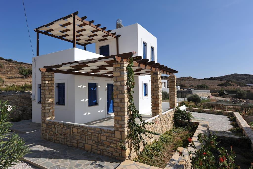 Villette indipendenti vista mare case in affitto a lipsi for Case in affitto grecia sul mare