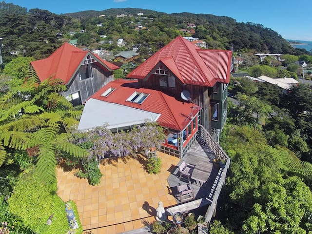 Treetop hideaway - Lower Hutt - House