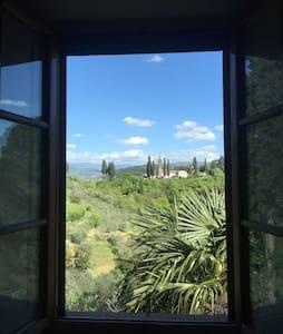 Double Bedroom in Villa - Florencia