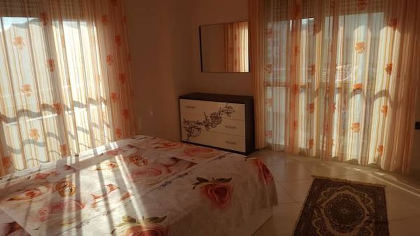 Faik Shehu Apartments SeaView 2 Badrooms - Durrës - Apartamento