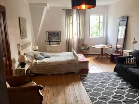 Gästezimmer in herrschaftlichem Ambiente !