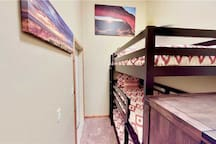 Luxury 4 Bedroom, 2 Bath Townhome With Private Hot Tub Just Two Blocks From Moab's Main Street - Arches West ~ 393