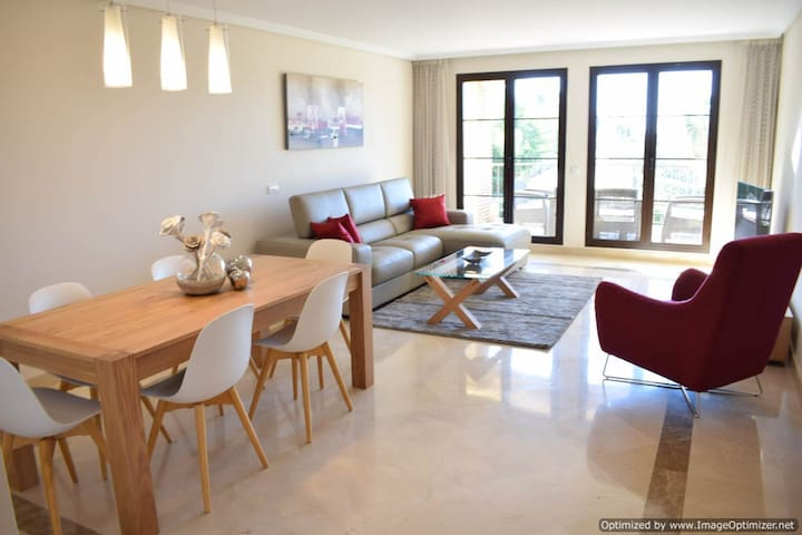 Deluxe 3 Bed Apartment Benahavis R123 - Benahavís - Apartment