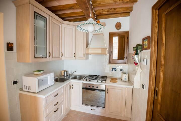 BorgoCuore: casa Campanile - Todi - House
