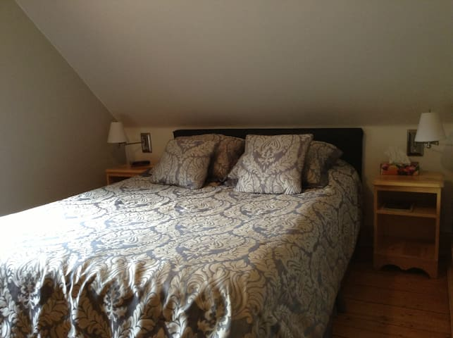 Room with fireplace - Magog - Guesthouse