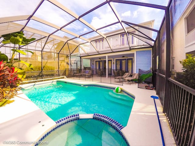 5 BED AND 5 BATH LUXURY POOL HOME AT REUNION - Kissimmee - House