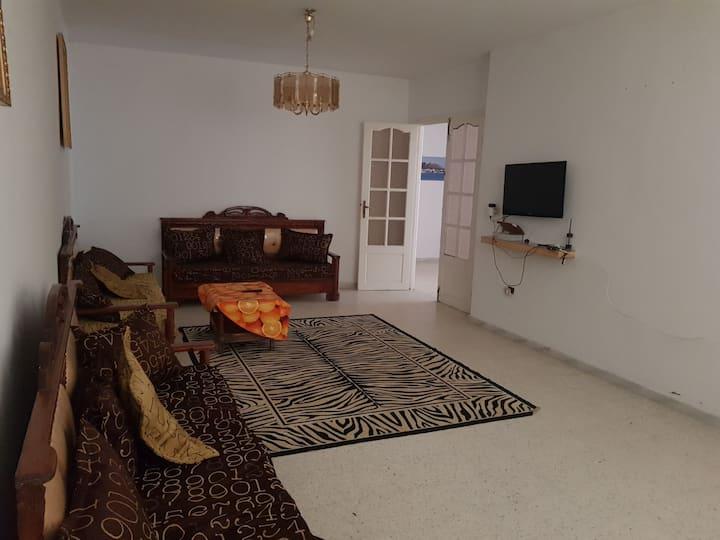 Maison S+3 meublée à louer à kelibia