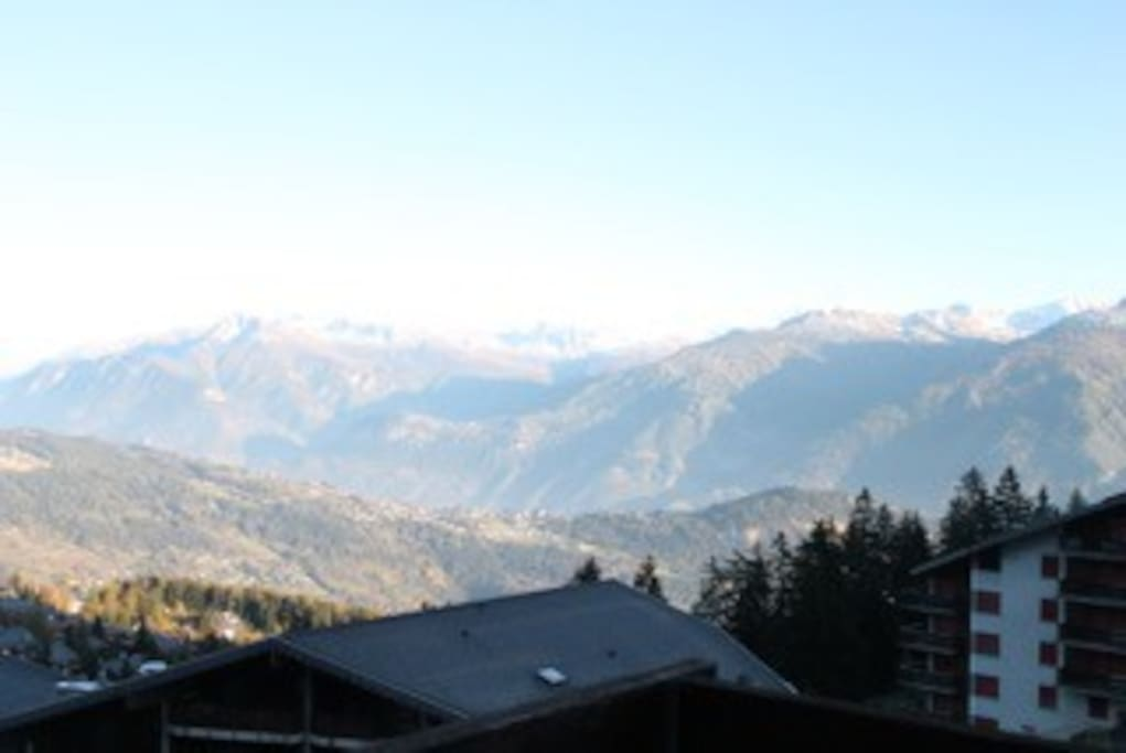 The fabulous panaromic view from front balcony