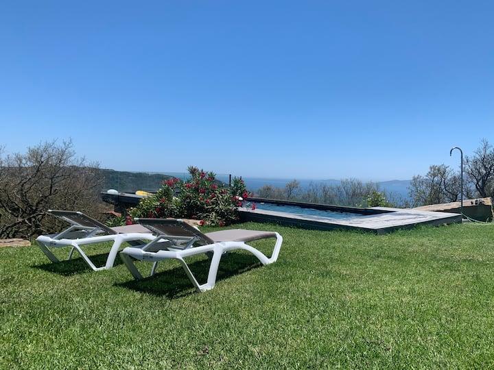 Apto. con Jardín, Piscina y vistas Mar - AC Wifi