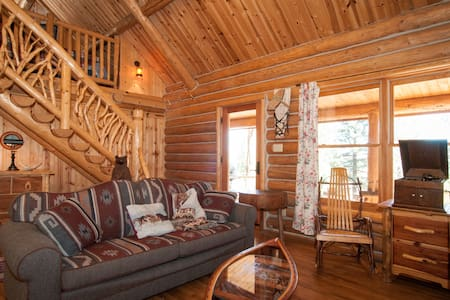 Arts and Crafts Cabin - Markleeville