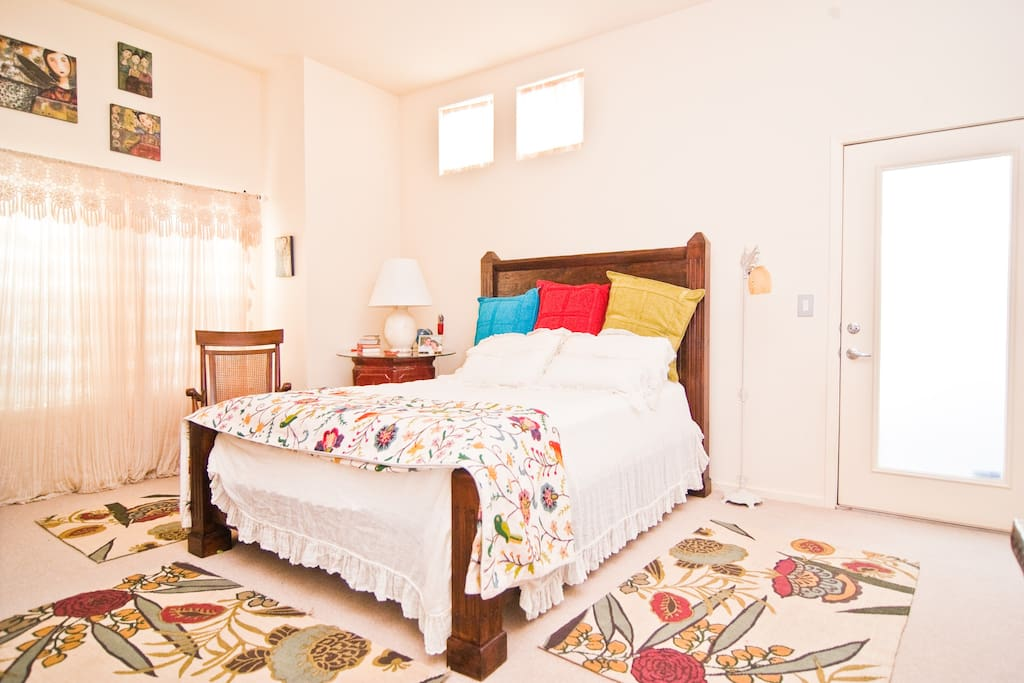 Master suite, tv with dvd