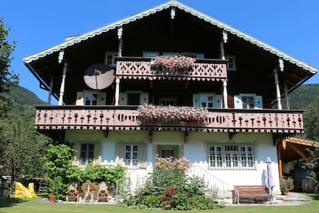Villa Zeppelin in the National Park Hohe Tauern - Apartamento